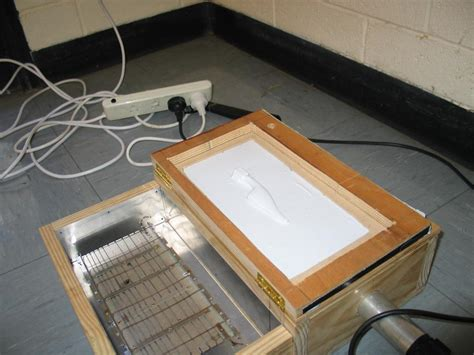 Vacuum Forming Table by Piano Hinged Vacuum Table