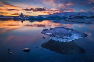 iceland via con breathtaking landscapes convey the dazzling beauty of