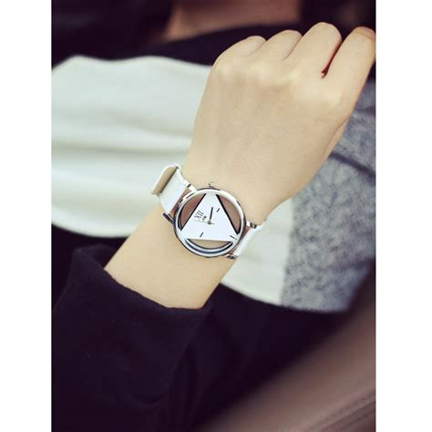 Jam Tangan Triangle Quartz jam tangan triangle quartz yq007 white