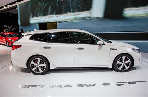 who makes the kia automobile the kia optima sportswagon is more desirable than any