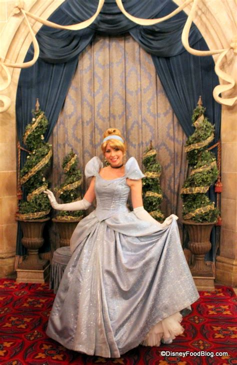 Royal Table Disney by Review Cinderella S Royal Table Dinner In The Magic