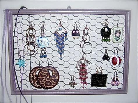 come creare un porta orecchini fai da te costruire un porta orecchini