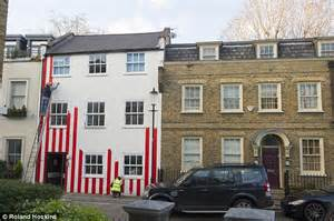 and stripes homes who painted kensington house with stripes launches