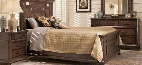 Broyhill King Bedroom Set by Broyhill Furniture Raymour Flanigan