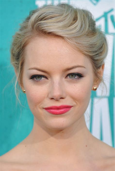 hairstyles that make the face look rounder hairstyles for round faces stylecaster