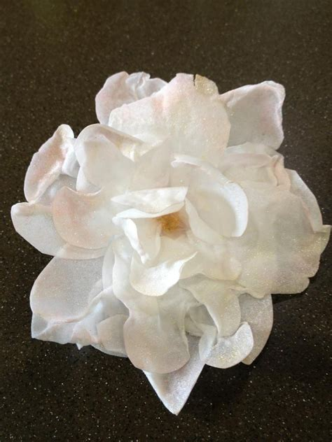 How To Make Rice Paper Flowers - 1000 images about rice paper flowers on