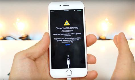 iphone    waterproof   ios  feature doesnt  sense tech life style