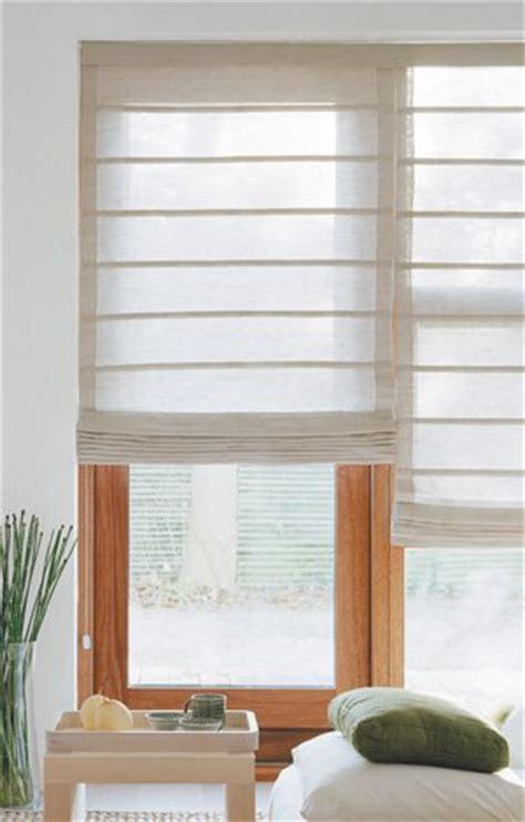 gardinen flurfenster plissees rollos co fensterdeko sonnenschutz und
