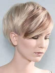 bob frisuren mit strähnchen bilder die besten 17 bilder zu frisuren auf bobs kurzes haar und pixie cut arten
