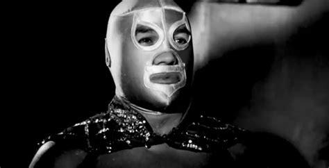 el santo santo enmascarado de plata en quot atacan las brujas quot 1968