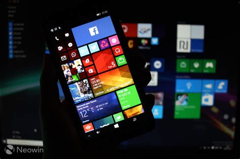 microsoft lumia 640 xl review windows phone goes neowin microsoft lumia 640 xl review windows phone goes extra large