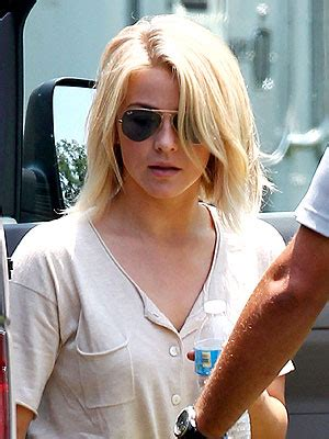 julianne hough bob haircutcut safe haven 2014 is short hair on women deeply out of fashion now exhibit