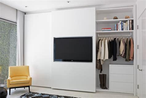 Closet With Tv by A Designer S Closet