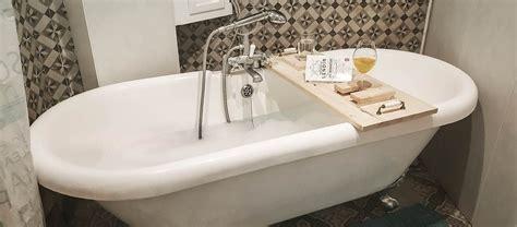 diy cocooning fabriquez un pont de baignoire en bois