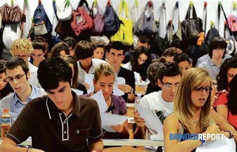 test d ingresso universitari universit 224 il comune deve 1 7 milioni