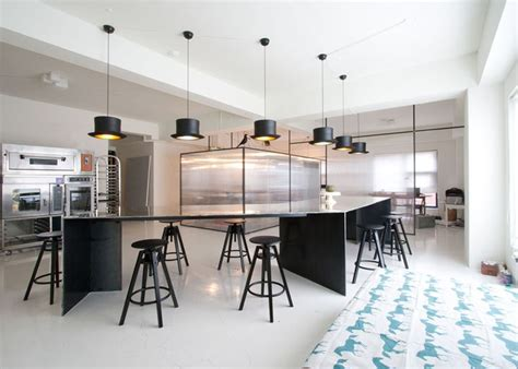 bakery kitchen design 45 best images about bakery cake places on pinterest