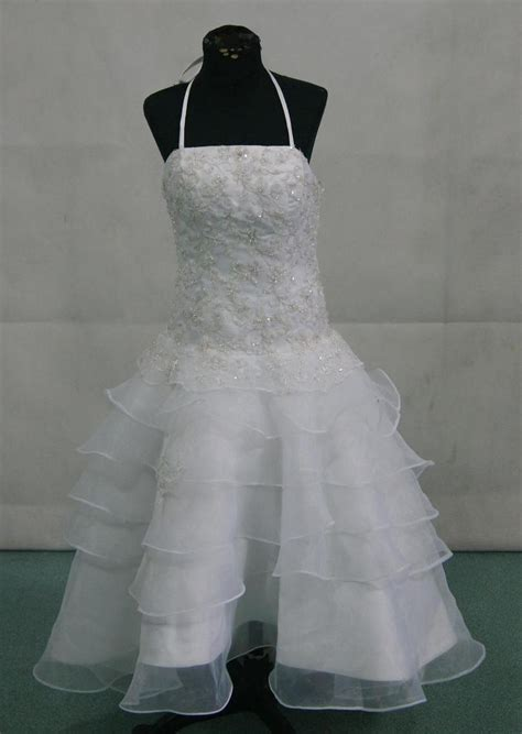 how should 60 year olds dress ball gown for 60 year old gown and dress gallery