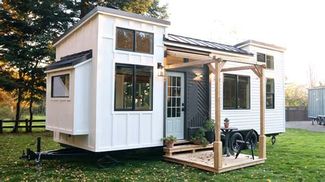 most luxurious tiny homes luxury tiny house from handcrafted movement today com
