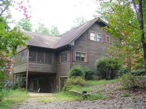 Cabins At Chimney Mountain by Mountain Cabin Home For Sale In Clarkesville Ga Chimney