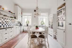 Scandinavian style home with a greek twist