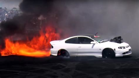burnout car mustangs hot girls  burnouts technology