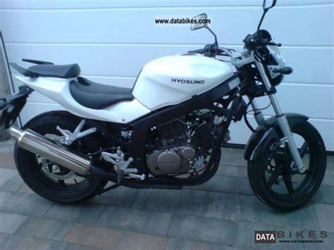 Cy Gt 125 2 2009 hyosung gt 125 moto zombdrive