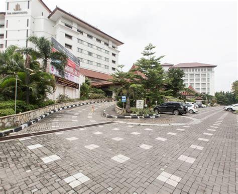 agoda alila solo the sunan hotel solo indonesien omd 246 men och