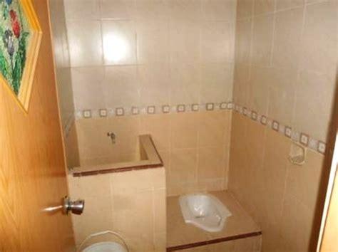 desain kamar mandi klosed jongkok 7 desain kamar mandi minimalis kloset jongkok wc jongkok
