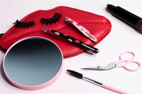 Huda Beauty Giveaway 2017 - tweezerman x huda beauty collection review giveaway