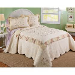 Bhg Bedding Sets Walmart Find The Better Homes And Gardens Bedding Set At Walmart