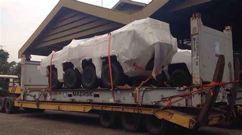 Paket Telah Tiba hadir dalam tiga varian empat pandur ii 8 215 8 telah tiba di indonesia indomiliter