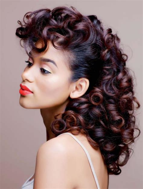 pin up hairstyles natural color osez la teinture acajou inspiration en 40 photos