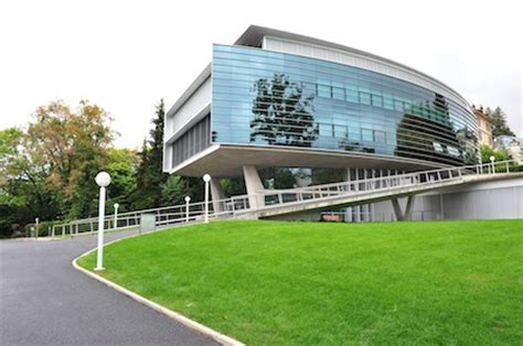 Imd Lausanne Executive Mba by Imd Retains Top Spot In Ft S 2013 Ranking
