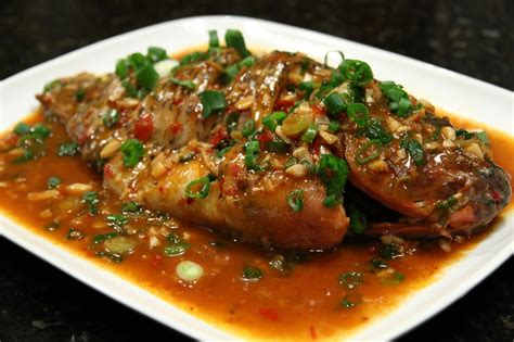 new year whole fish recipe whole fish with spicy bean paste 豆瓣鱼