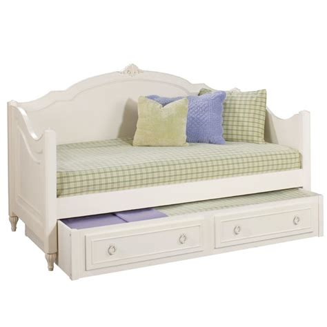 Day Trundle Bed by Best 20 Day Ideas On School Agenda