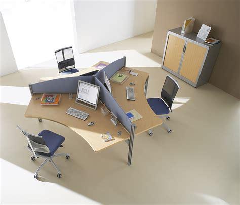 mobilier call center au sein d un open space bureaux