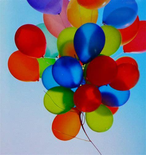 palloncini volanti palloncini con luce led bianchi blue verdi rosa gialli