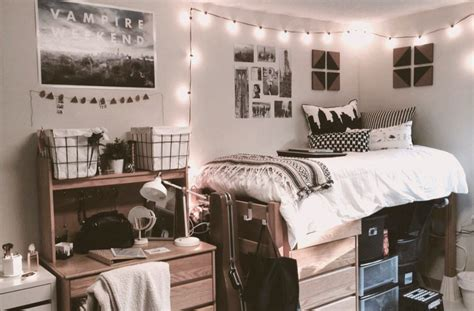 dorm room ideas make a wallpaper out of photos posters 3 decorating tips to make your dorm room feel bigger the