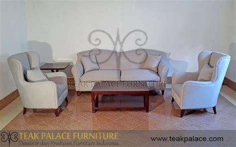 Daftar Kursi Sofa Ruang Tamu sofa set minimalis modern ruang tamu kayu jati seri camel