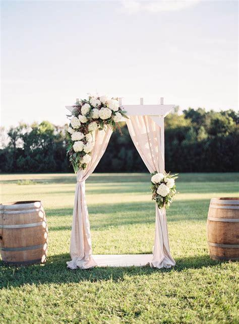 Wedding Arch Backdrop by Top 12 Wedding Backdrop Ideas Thebridebox