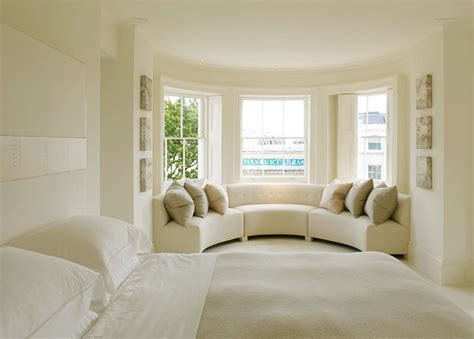Curved Sofa For Bay Window Chic Bedrooms Sitting Areas Home Bunch Interior Design Ideas