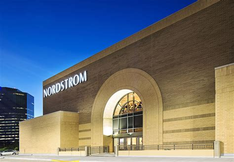 Woodfield Mall Gift Card Stores - complete list of stores located at woodfield mall a shopping center in schaumburg