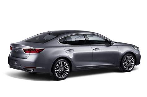 Size Kia Sedan Kia Reveals Quot Purposeful Quot New Cadenza Size Sedan