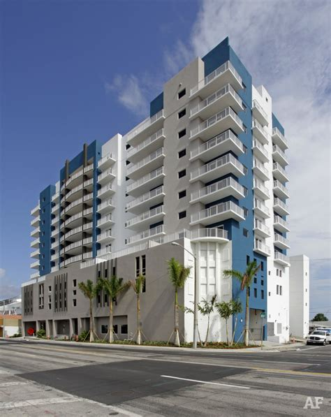 tower apartment stadium tower apartments miami fl apartment finder