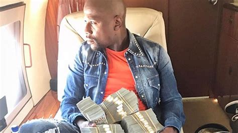 mayweather stack floyd mayweather jr makes stacks of by betting on