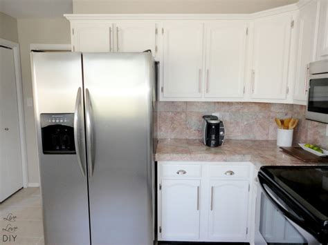 Diy Kitchen Remodel With White Painting Oak Kitchen Painted Kitchen Cabinets White