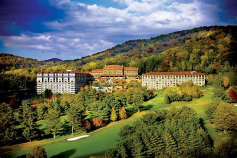 Honeymoon Travel (and Wedding) Guide: Asheville, NC
