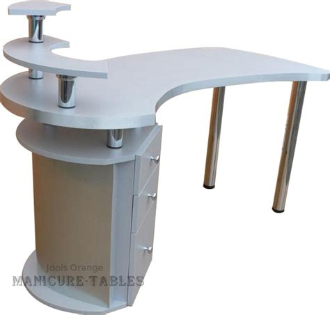 nail tech desk 41 best manicure table images on nail salons salons and manicure table ideas