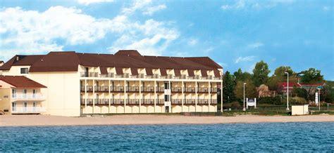 best western city mackinaw city hotels best western plus dockside