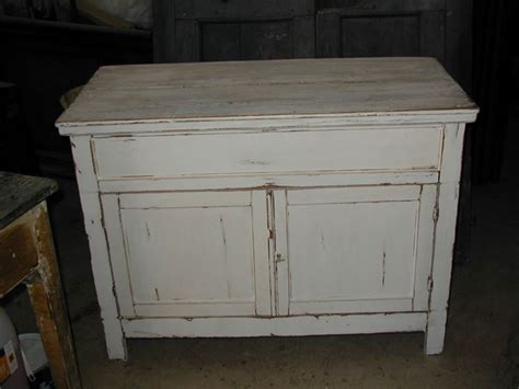 tavoli vecchi da restaurare mobili antichi il sapore tempo tendenze casa